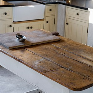 reclaimed wood countertop | crosswinds construction | Gillette, Wyoming